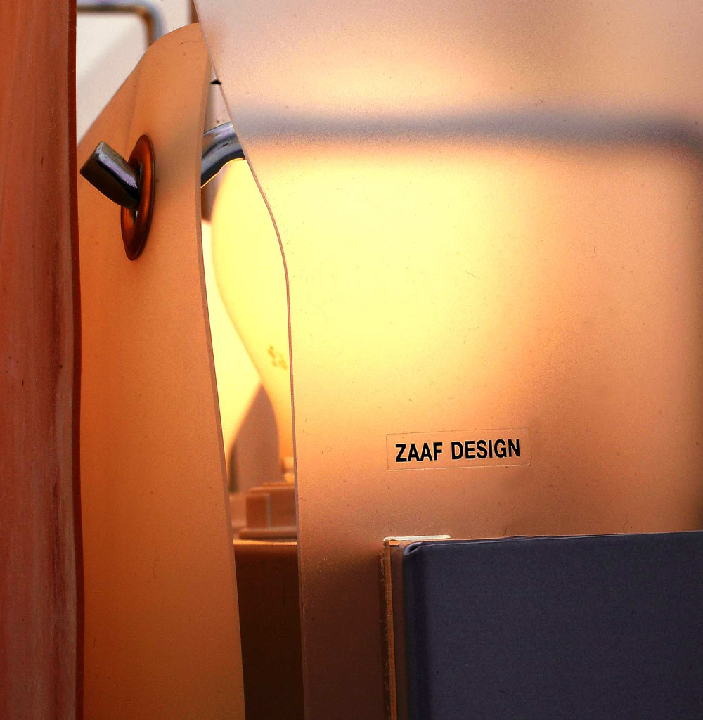 Lightining Design: Lemmi by ZaafDesign