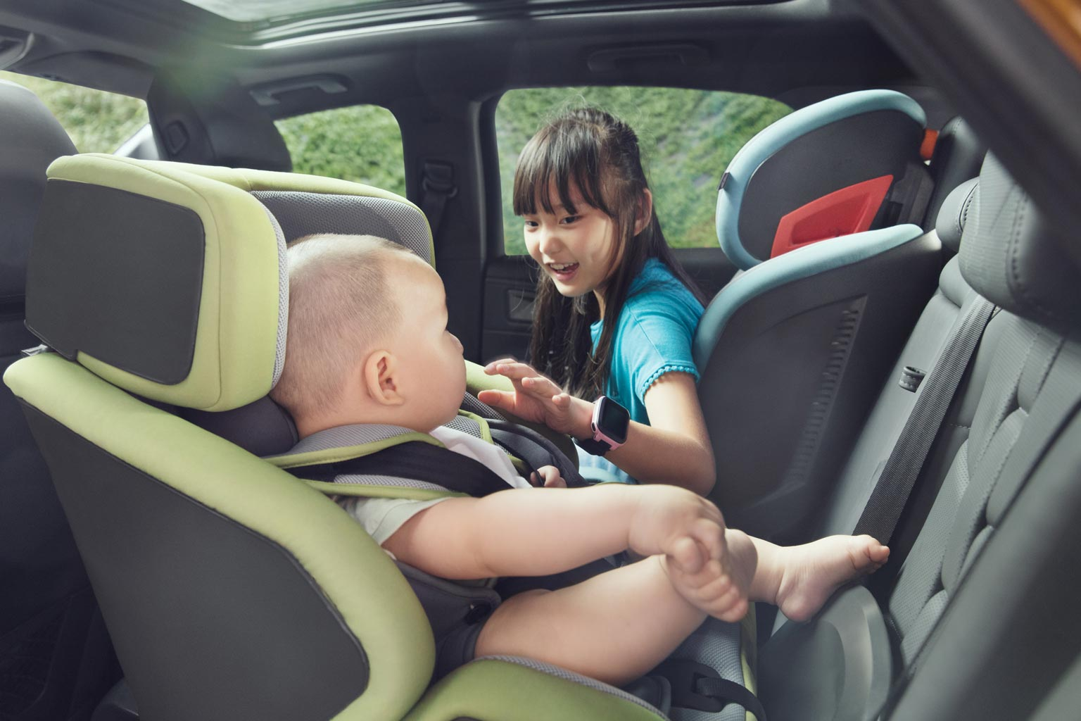 Child Car Seats Design: BIUCO Group 0 I-Size Baby Car Seat ISOFIX
