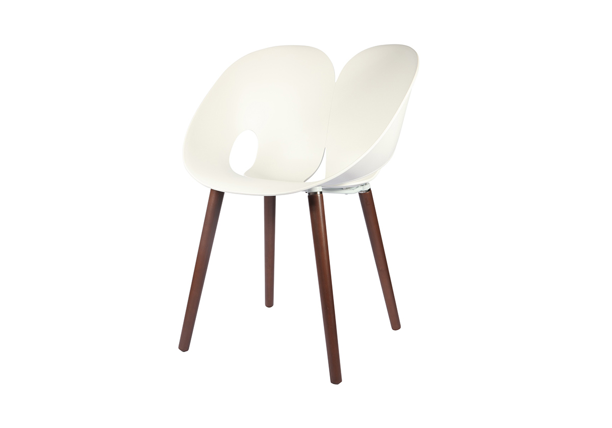 DHF Twist Chair designed in Italy by ZAAFDesign